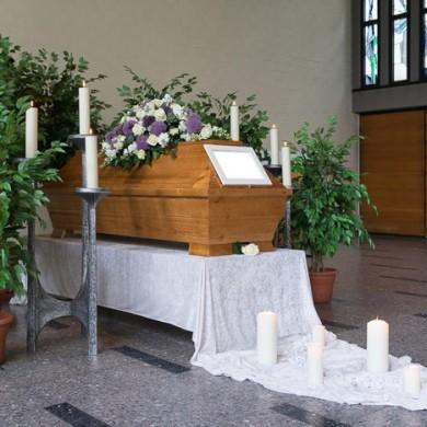 Trauerhalle Friedhof am Hellweg (große Halle), Essen-Steele
