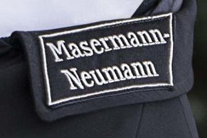 Traditionelle Sargtraeger Uniform aus dem Hause Masermann-Neumann