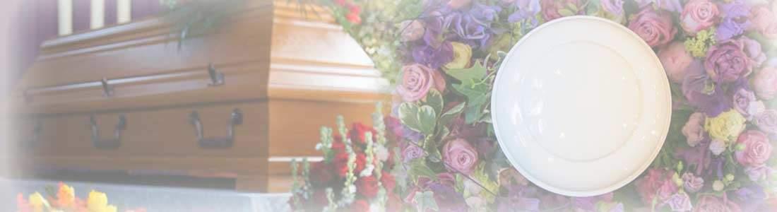 Bestattungsarten: Erbestattung, Feuerbestattung & Seebestattung